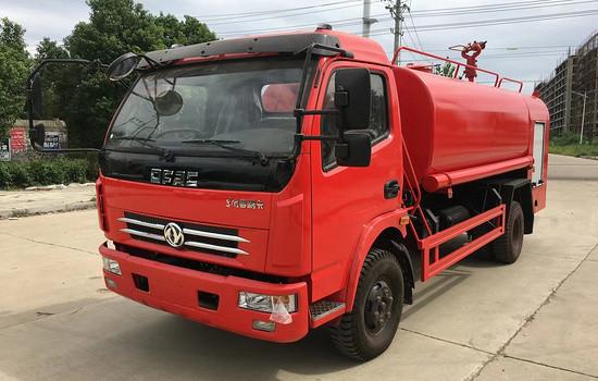 东风多利卡消防洒水车��8吨消防洒水车